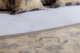 abbots-barton-hotel-bedrooms-09-83796-OP
