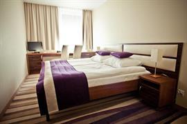 81028_007_Guestroom
