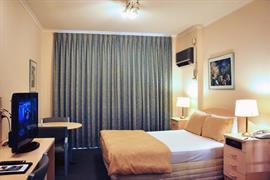 97388_005_Guestroom