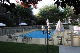 29049_004_Pool