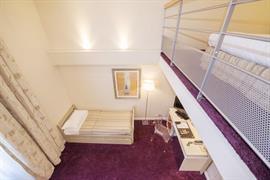 93557_006_Guestroom