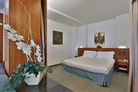 98213_007_Guestroom