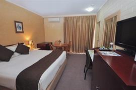 97339_002_Guestroom