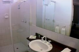 97386_005_Guestroom