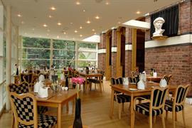 alicia-hotel-dining-02-83818