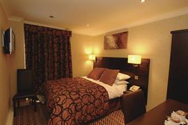 alicia-hotel-bedrooms-07-83818