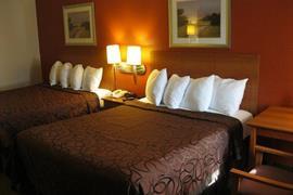 44400_007_Guestroom