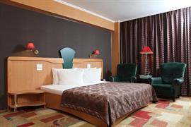 77556_006_Guestroom