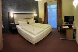 95472_004_Guestroom