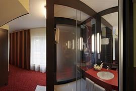 95474_006_Guestroom