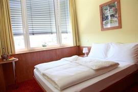 95471_007_Guestroom