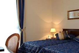 93620_005_Guestroom