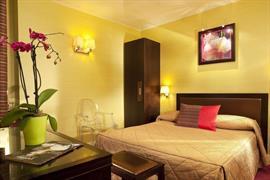 93212_006_Guestroom