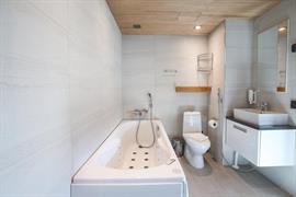 91114_003_Guestroom
