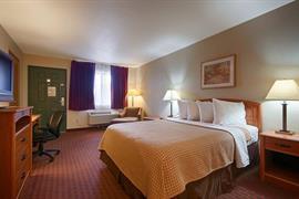 05638_003_Guestroom