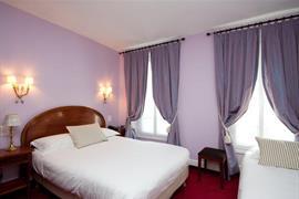 93225_004_Guestroom