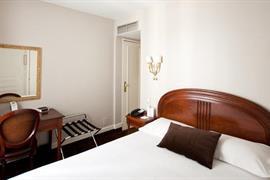 93225_007_Guestroom