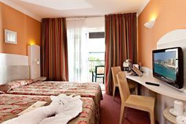93541_003_Guestroom