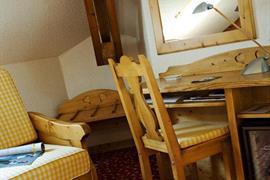 93458_006_Guestroom