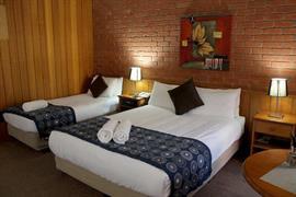 90800_003_Guestroom