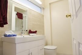 90855_007_Guestroom