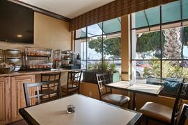 05172_005_Restaurant