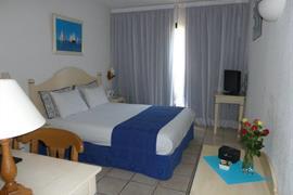 93516_003_Guestroom