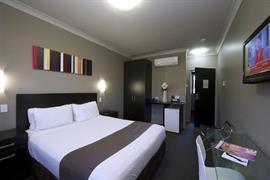 97391_004_Guestroom