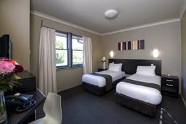 97391_005_Guestroom