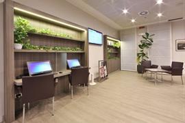 98321_002_Businesscenter