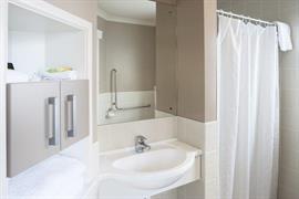 85064_007_Guestroom