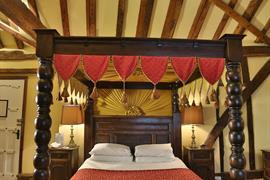 brome-grange-hotel-bedrooms-22-83967-OP