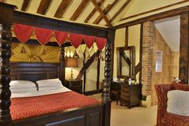 brome-grange-hotel-bedrooms-23-83967