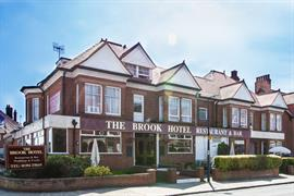 brook-hotel-felixstowe-grounds-and-hotel-01-83976