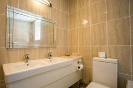 brook-hotel-felixstowe-bedrooms-10-83976