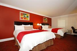 05694_006_Guestroom