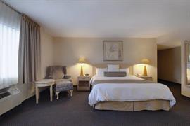 05378_004_Guestroom