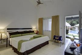 70612_003_Guestroom