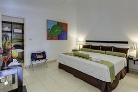 70612_004_Guestroom