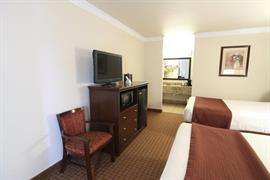 44282_005_Guestroom