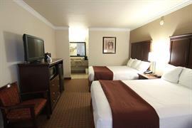44282_006_Guestroom