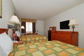 44341_007_Guestroom