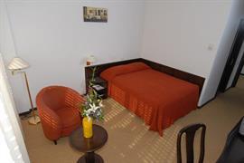 77547_004_Guestroom