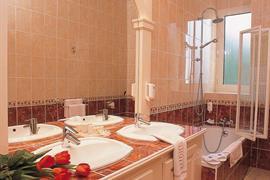 93396_005_Guestroom