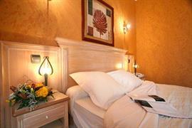 93396_006_Guestroom