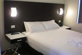 97412_003_Guestroom