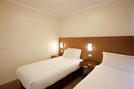 97412_006_Guestroom