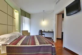 98236_006_Guestroom