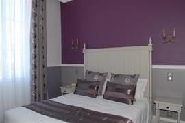 93239_002_Guestroom