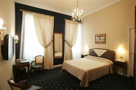 93239_006_Guestroom